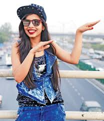Dhinchak Pooja wiki Biography